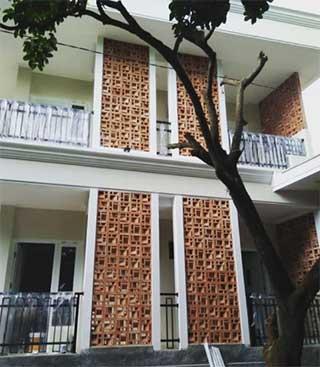 Roster Lobang Angin dan Paving 3D Cirebon